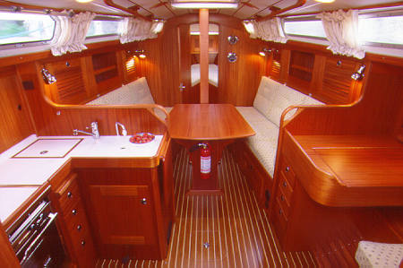 http://www.scancharter.com/wp-content/uploads/boats/9754_hr31-3[1].jpg